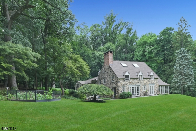 Single Family Homes for Sale at West Orange, New Jersey 07052 United States