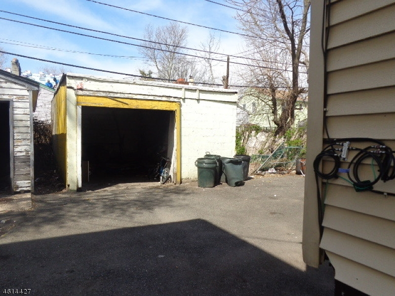 Additional photo for property listing at Address Not Available  East Orange, Nueva Jersey 07018 Estados Unidos