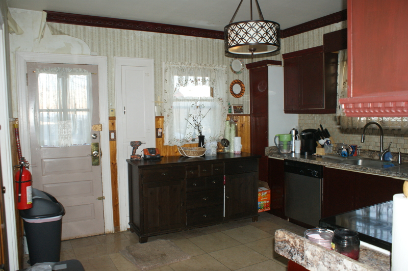 Additional photo for property listing at 1981 Walker Avenue  Union, Нью-Джерси 07083 Соединенные Штаты