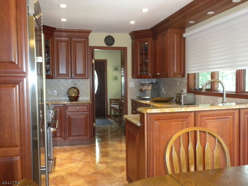 Additional photo for property listing at 51 Ferguson Road  Warren, New Jersey 07059 États-Unis