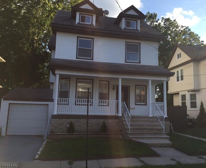 Maison unifamiliale pour l Vente à 6 Gibson Place Elizabeth, New Jersey 07208 États-Unis