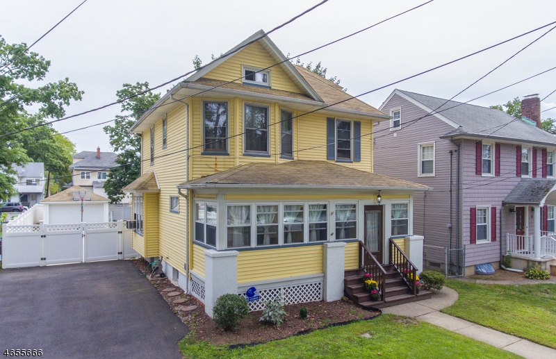 Single Family Home for Sale at 25 Arlington Avenue Hawthorne, 07506 United States
