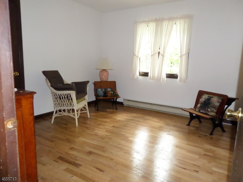 Additional photo for property listing at 6 Old Coach Road  Vernon, New Jersey 07462 États-Unis