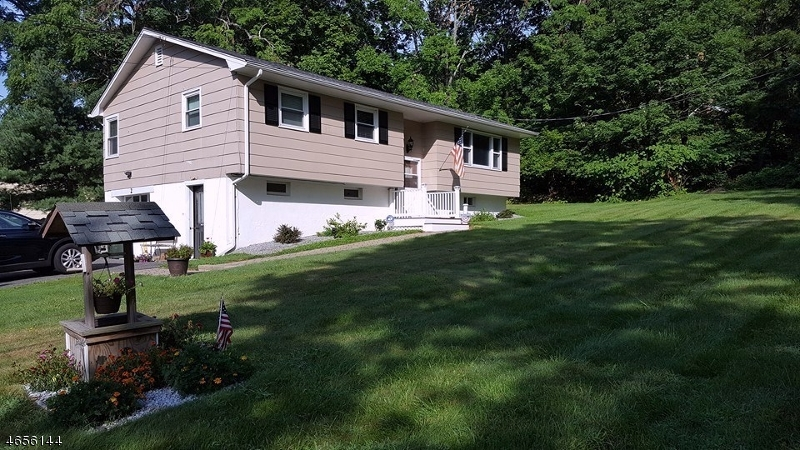 Additional photo for property listing at 2 MYRTLE Road  Budd Lake, New Jersey 07828 United States