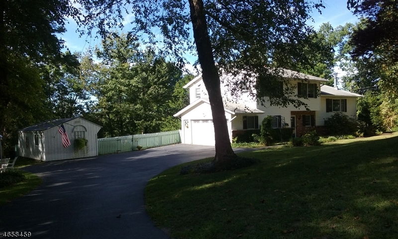 Additional photo for property listing at 29 Briar Drive  Sussex, Nueva Jersey 07461 Estados Unidos