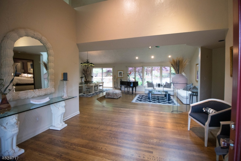 Additional photo for property listing at 26 Gorge Way  Wayne, New Jersey 07470 United States
