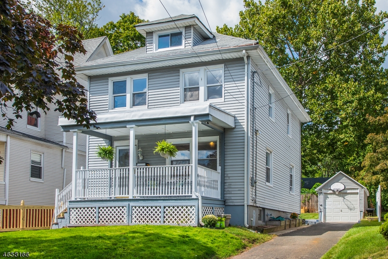 Additional photo for property listing at 230 Berkeley Avenue  Bloomfield, Нью-Джерси 07003 Соединенные Штаты