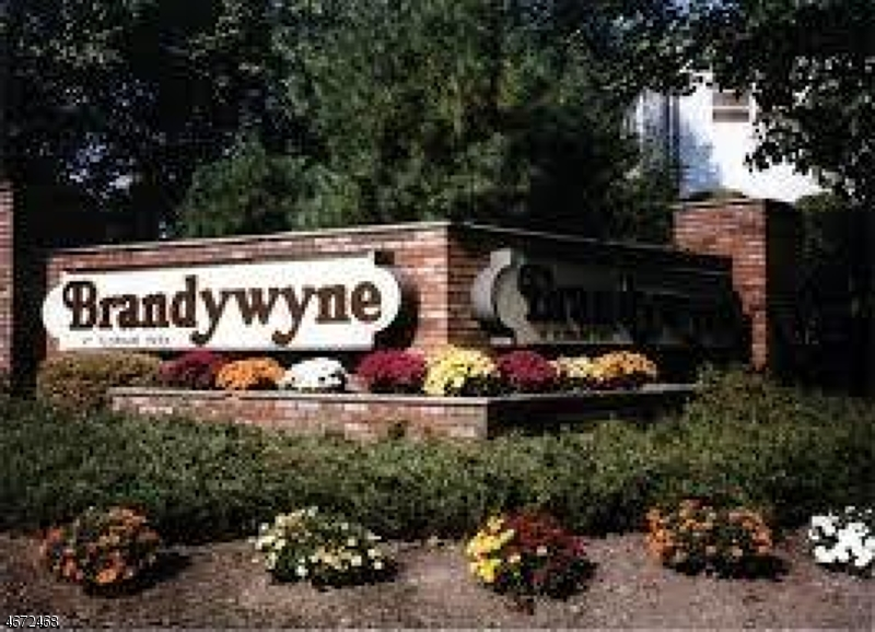 Single Family Home for Rent at 63 Brandywyne Drive Florham Park, New Jersey 07932 United States