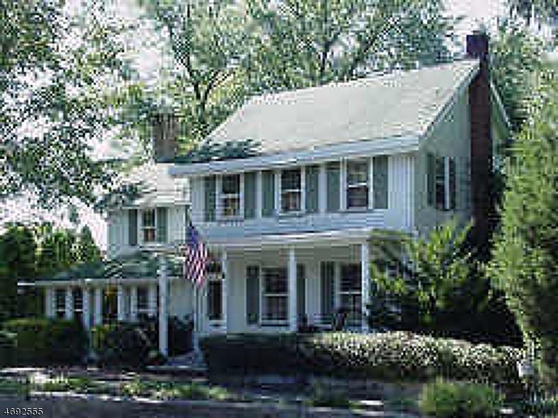 独户住宅 为 出租 在 21 Lincoln Park Road Pequannock, 新泽西州 07440 美国