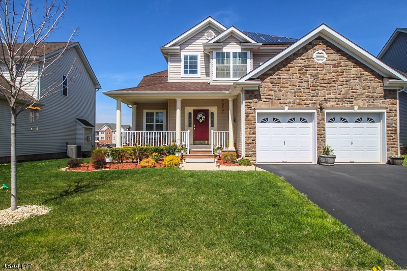 Single Family Home for Sale at 37 Willocks Circle Franklin, New Jersey 08873 United States