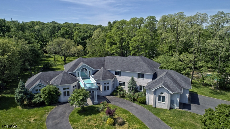 Single Family Home for Sale at 48 Telegraph Hill Road Holmdel, New Jersey 07733 United States