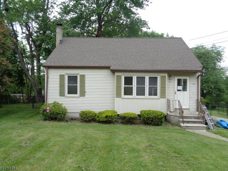 Einfamilienhaus für Verkauf beim 6 Linda Lane Andover Township, New Jersey 07860 Vereinigte Staaten