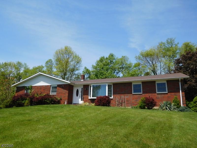 Tek Ailelik Ev için Satış at 522 Ridge Road Fredon Township, New Jersey 07860 Amerika Birleşik Devletleri