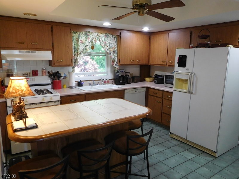 Additional photo for property listing at 522 Ridge Road  Fredon Township, New Jersey 07860 Amerika Birleşik Devletleri