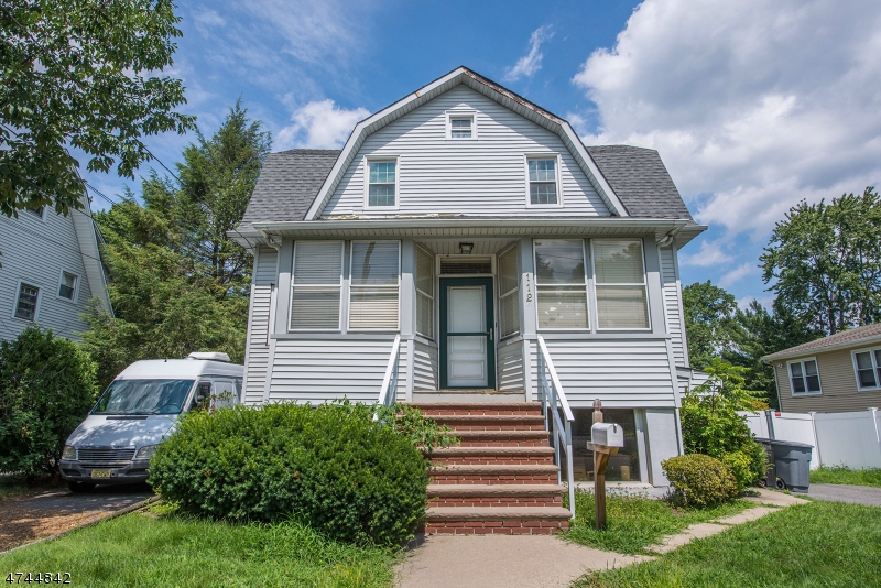 Single Family Home for Sale at 112 Ackerman Avenue Emerson, New Jersey 07630 United States