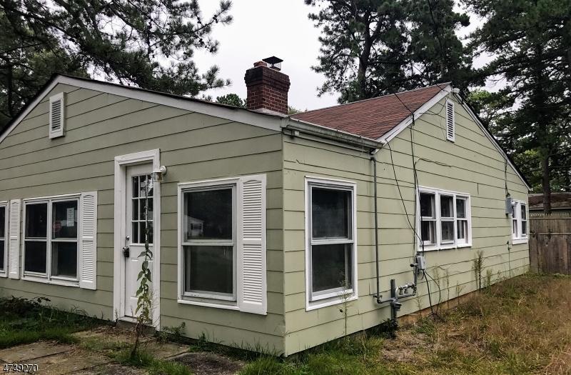 Maison unifamiliale pour l Vente à 715 Buena Vista Road Lacey, New Jersey 08731 États-Unis