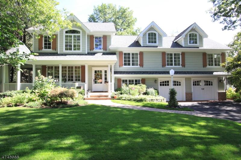 Casa Unifamiliar por un Venta en 30 De Young Road Glen Rock, Nueva Jersey 07452 Estados Unidos