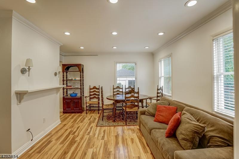 Частный односемейный дом для того Аренда на 103 Baker Street Maplewood, Нью-Джерси 07040 Соединенные Штаты