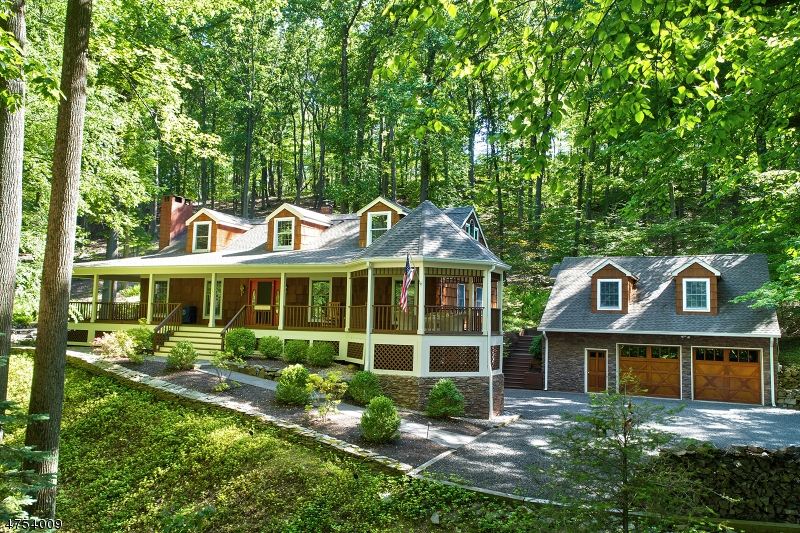 Single Family Home for Sale at 1 Dinner Pot Road 1 Dinner Pot Road Tewksbury Township, New Jersey 07830 United States