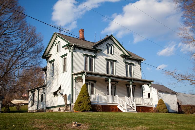 Casa Unifamiliar por un Alquiler en 10 Shotwell Road Blairstown, Nueva Jersey 07832 Estados Unidos