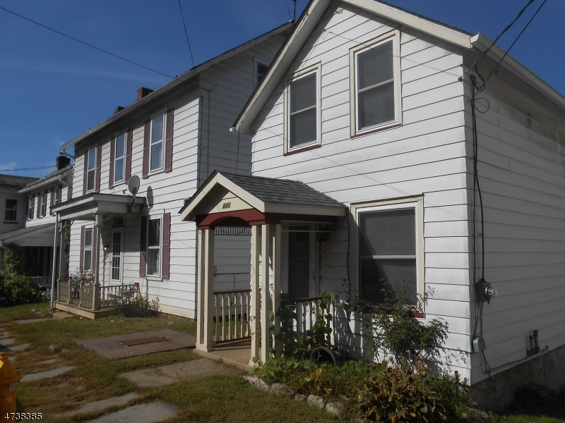 Single Family Home for Sale at 44 Brunswick Avenue 44 Brunswick Avenue Bloomsbury, New Jersey 08804 United States