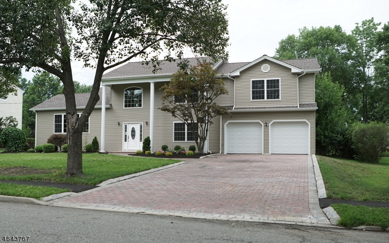 Single Family Home for Rent at 9 Ashwood Place Parsippany, New Jersey 07054 United States