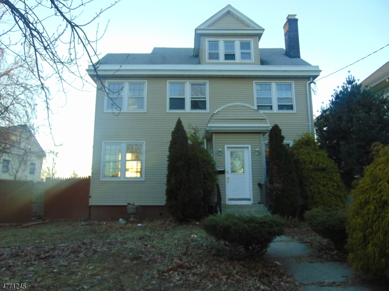 Single Family Home for Rent at 8-10 VISTA Avenue Elizabeth, New Jersey 07208 United States