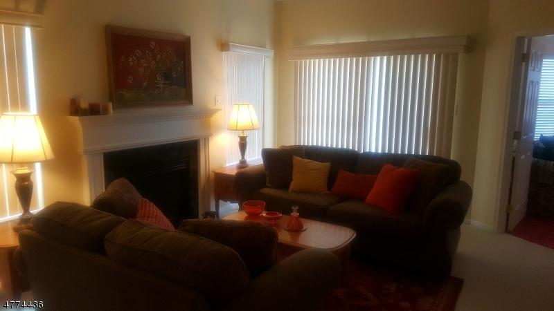 Vivienda unifamiliar por un Venta en 25 Highland Drive 25 Highland Drive Stafford Township, Nueva Jersey 08050 Estados Unidos