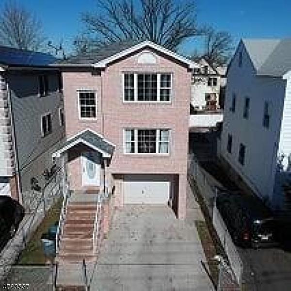 Casa Unifamiliar por un Alquiler en 13 S 2nd Street Elizabeth, Nueva Jersey 07206 Estados Unidos