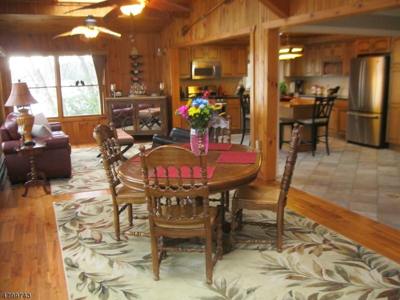 Additional photo for property listing at 905 Morningside Drive  Stillwater, 新澤西州 07860 美國