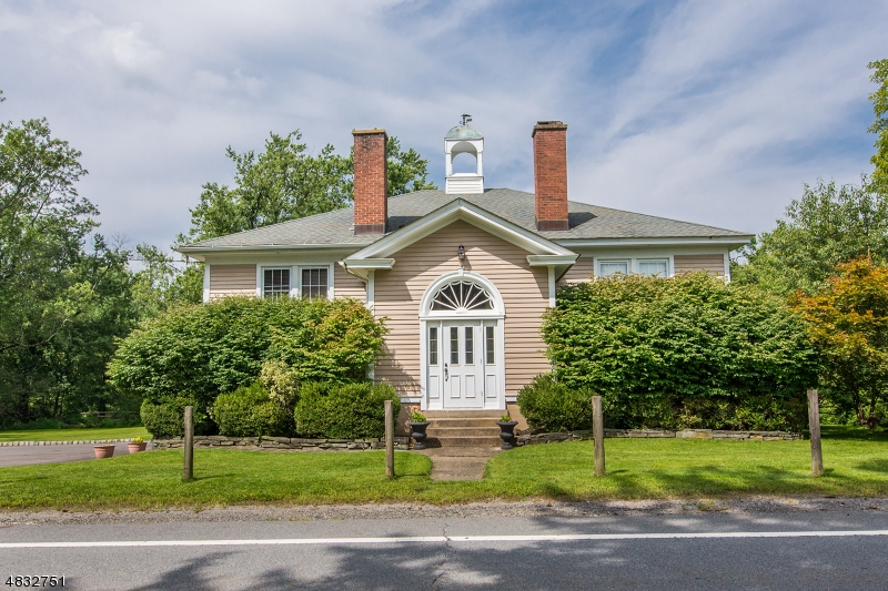 Single Family Home for Sale at 402 W MILL Road Washington, New Jersey 07853 United States