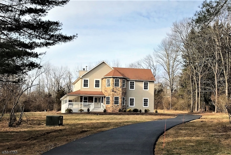 Single Family Home for Sale at 390 WOOLF Road Milford, New Jersey 08848 United States