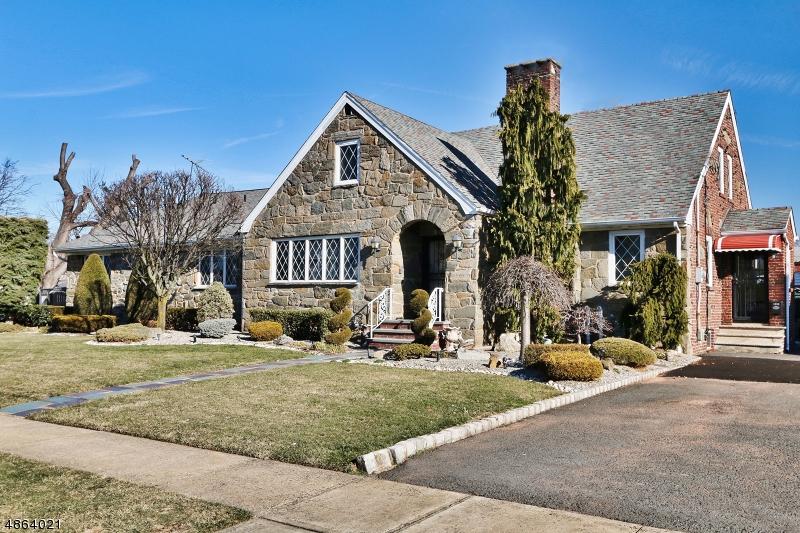 Частный односемейный дом для того Продажа на 1223 HARDING Avenue Linden, Нью-Джерси 07036 Соединенные Штаты