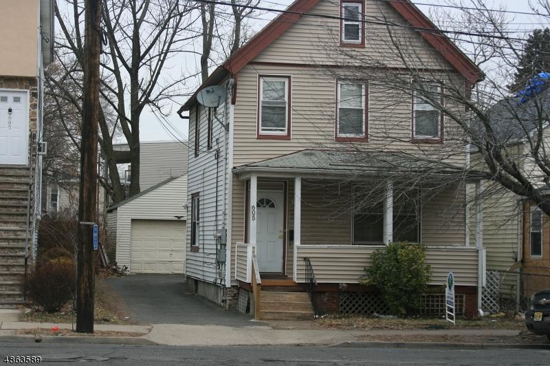 Maison avec plusieurs logements pour l Vente à 605 NASSAU Street Orange, New Jersey 07050 États-Unis