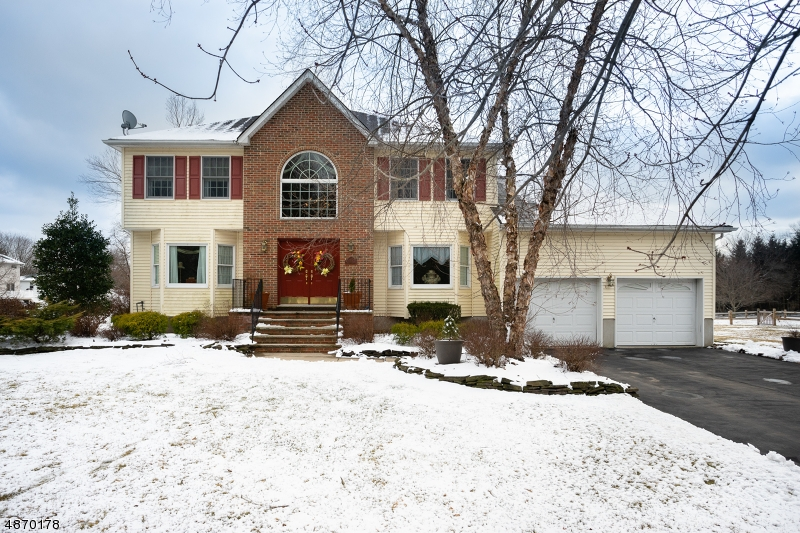 Single Family Home for Sale at 21 ARUNDEL Road Pequannock, New Jersey 07444 United States
