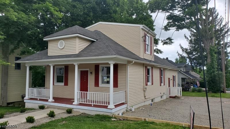 Single Family Homes للـ Sale في Hamburg, New Jersey 07419 United States