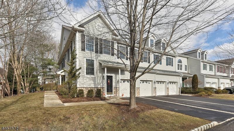 Condominio/ Casa de pueblo por un Venta en Old Tappan, Nueva Jersey 07675 Estados Unidos