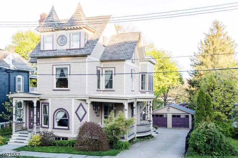 Multi-Family Homes 为 销售 在 哈克特斯镇, 新泽西州 07840 美国