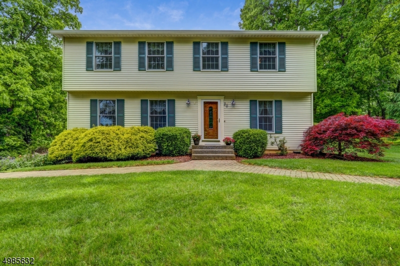 Single Family Homes por un Venta en Califon, Nueva Jersey 07830 Estados Unidos