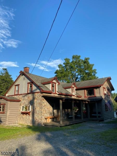 Single Family Homes pour l Vente à Frelinghuysen Township, New Jersey 07860 États-Unis