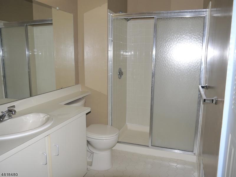 Additional photo for property listing at 343 Penns Way  Basking Ridge, Нью-Джерси 07920 Соединенные Штаты