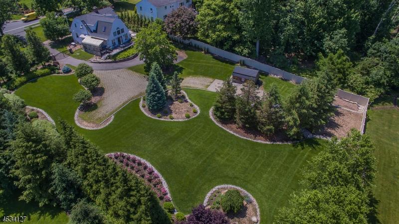 Additional photo for property listing at 388 Sicomac Avenue  Wyckoff, Нью-Джерси 07481 Соединенные Штаты