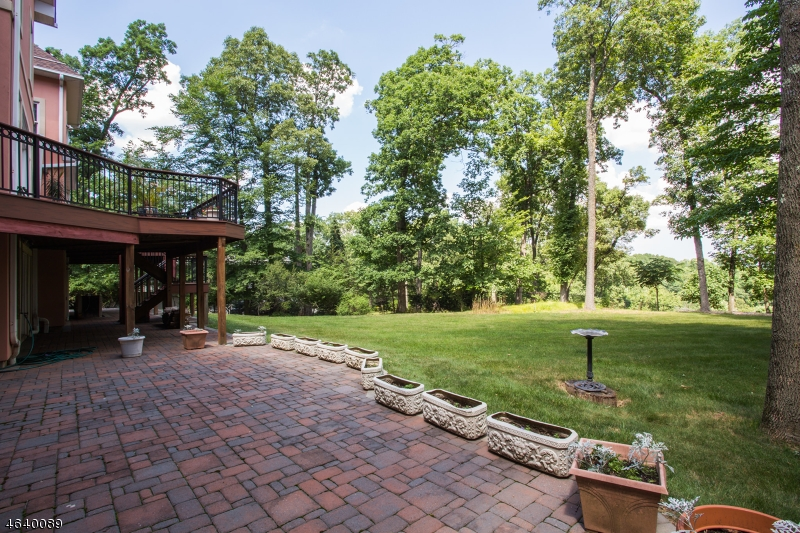 Additional photo for property listing at 78 Rock Rd E  Dunellen, New Jersey 08812 United States