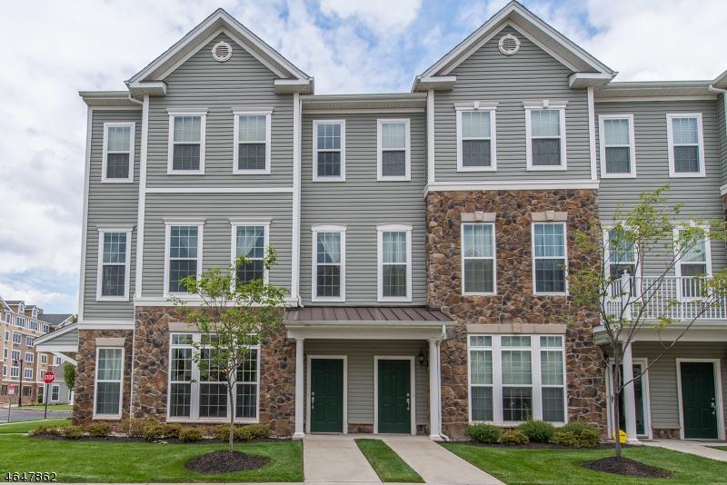 Частный односемейный дом для того Продажа на 25 Jasmine Lane Garfield, 07026 Соединенные Штаты
