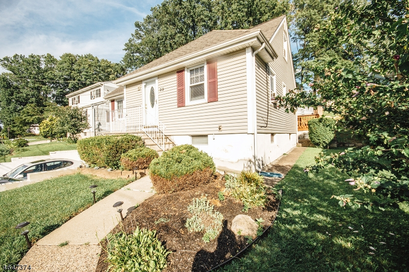 Additional photo for property listing at 292 Mount Pleasant Avenue  Woodland Park, Nueva Jersey 07424 Estados Unidos