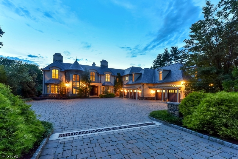 Additional photo for property listing at 119 E Saddle River Road  Saddle River, New Jersey 07458 United States