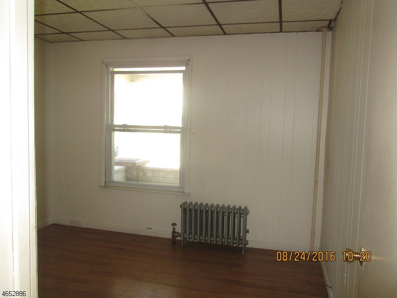 Additional photo for property listing at 58 W Dewey Avenue  Wharton, Nueva Jersey 07885 Estados Unidos