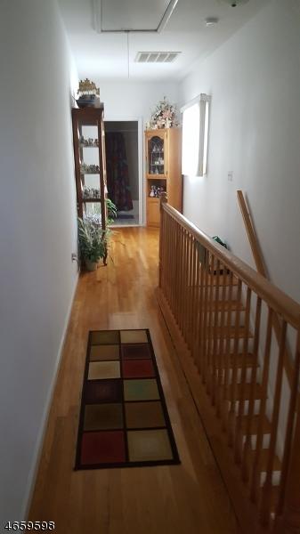 Additional photo for property listing at 12 Marne Street  Newark, Нью-Джерси 07105 Соединенные Штаты