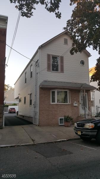 Частный односемейный дом для того Продажа на 12 Marne Street Newark, Нью-Джерси 07105 Соединенные Штаты