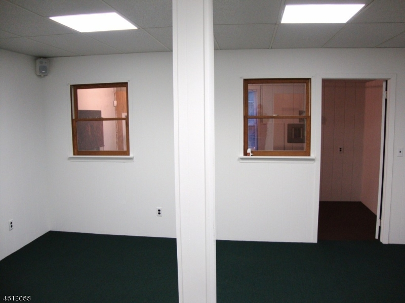 Additional photo for property listing at 502 Main Street  Boonton, Нью-Джерси 07005 Соединенные Штаты